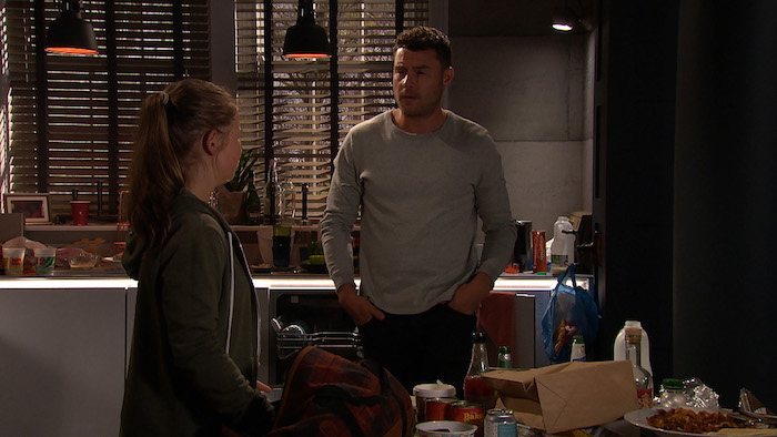 Liv's return she has a go at Aaron for not telling her he's no longer with Robert.