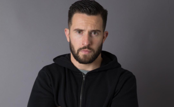 Ross Barton played by Michael Parr