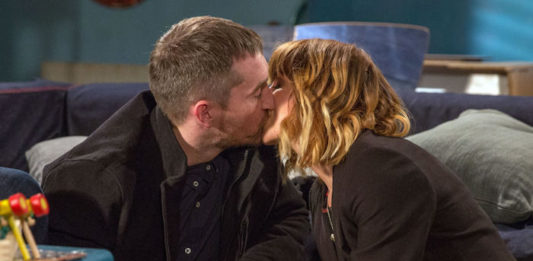 Emmerdale Spoilers: Is romance in the air for Rhona and Pete?