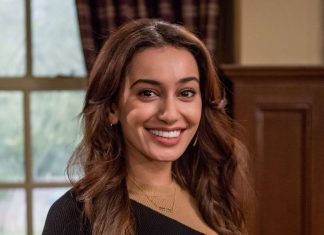 Shila Iqbal stars in Emmerdale as Aiesha Jutla